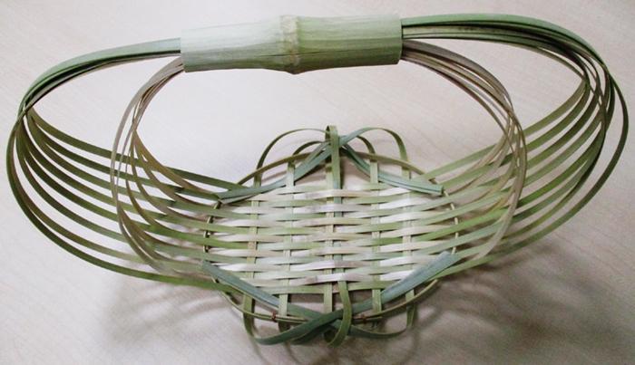 竹の小鉢イメージ